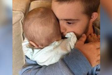 很喜歡小孩,卻沒人肯讓他抱!唐寶寶「第一次抱到嬰兒」的反應 感動了所有人