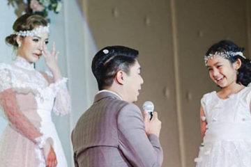 婚禮上丈夫向女兒下跪:「把媽媽交給我」單親新娘一看淚崩